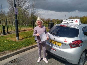 Brilliant  drive from Claire Robinson today! She's just passed her test, at Sunderland, beating all her nerves, with our instructor Graham Spensley 💪🏻<br />