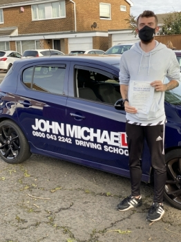 Amazing driving from Connor Jackson today, he's just passed his driving test at the first attempt with only 3 minors with me today, well done Connor 💪🏻